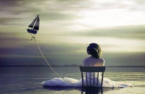 SOLITUDINE...EMOZIONE  NON   REALE